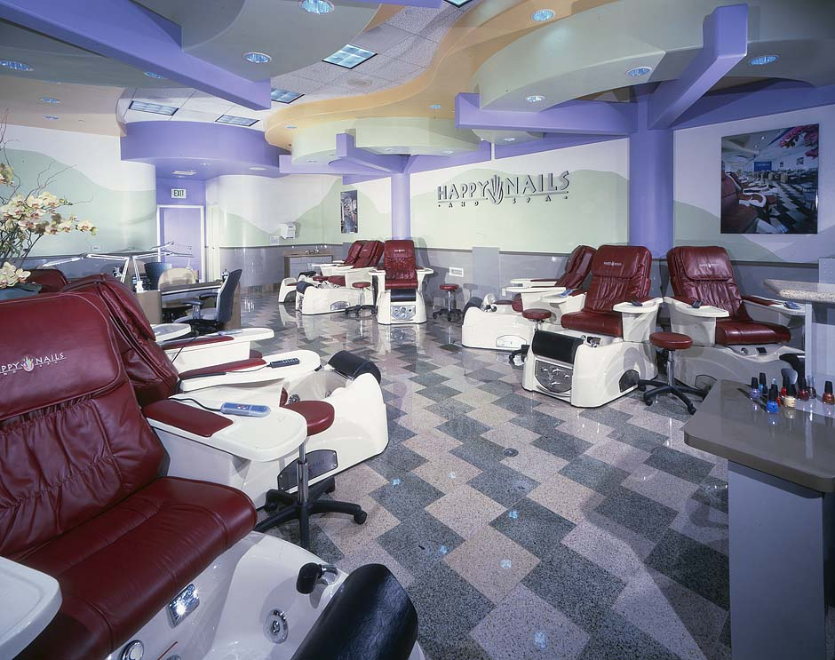 Nail salon in California
